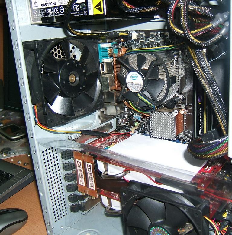 Thanh lý máy vi tính